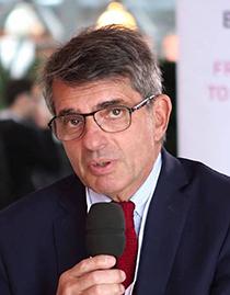 Dr. Daniel Vasmant